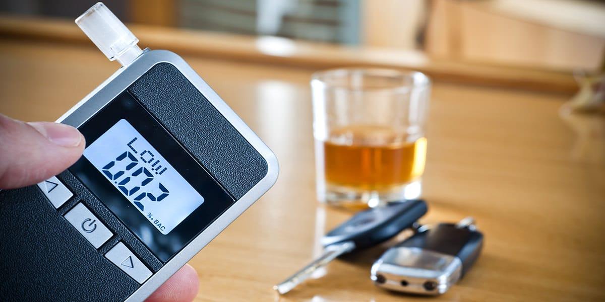 prueba tasa alcoholemia delitos sanciones juicios procedimientos penales